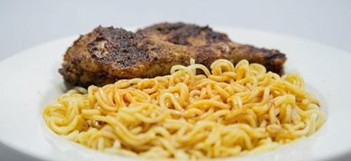 eeZee Instant Noodles – Chicken Flavour